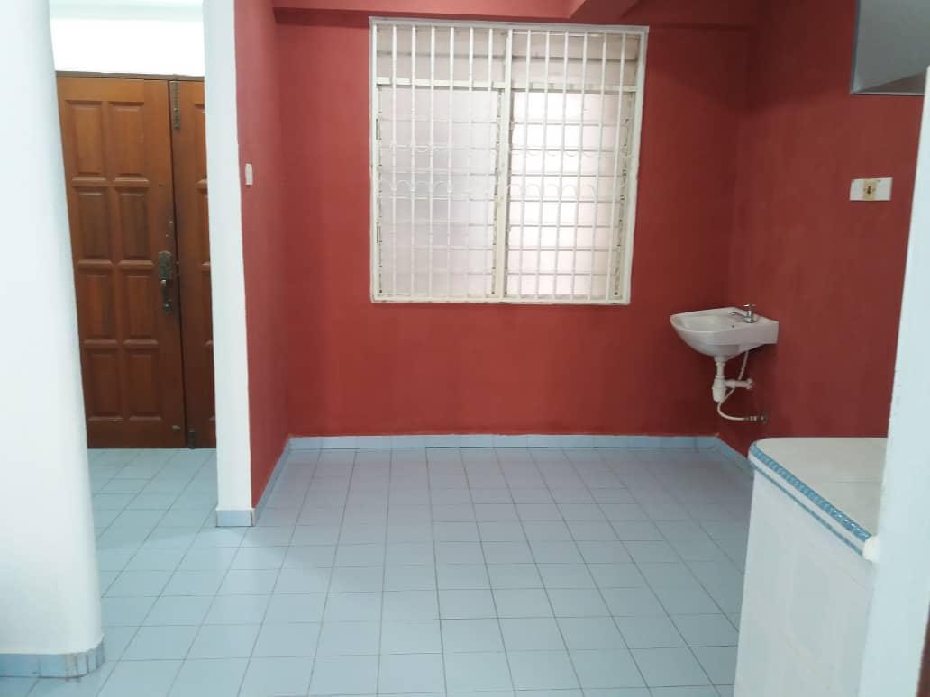 Desa Rahmat(Graceland Villa) For Rent Cover Image